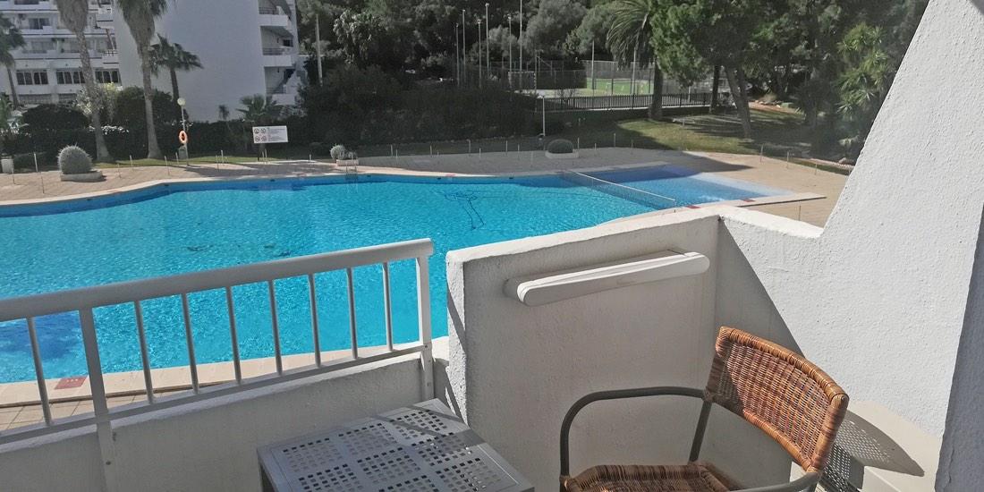 Bonito Estudio lado piscina en Siesta-1, Puerto Alcudia, Mallorca (RESERVADO)