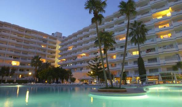 Apartamento renovado de 2 dormitorios en Siesta-1, Puerto Alcudia, Mallorca
